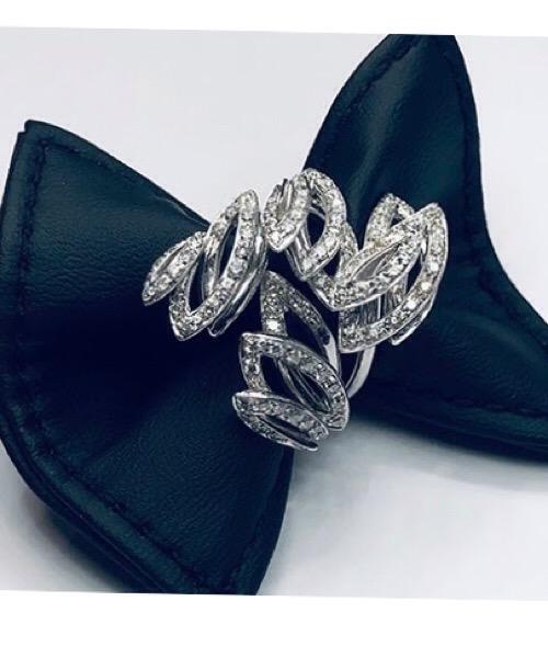 Anello Fantasy in oro bianco 18 kt e diamanti Moraglione 1922